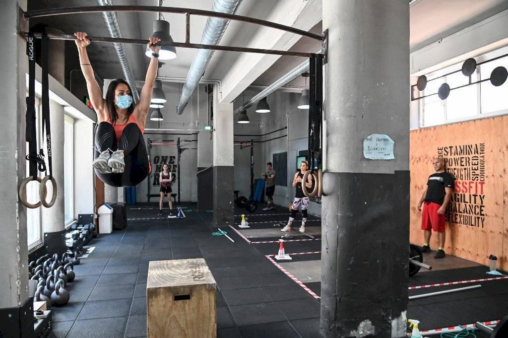 Italia reabre gimnasios en nueva fase de desconfinamiento