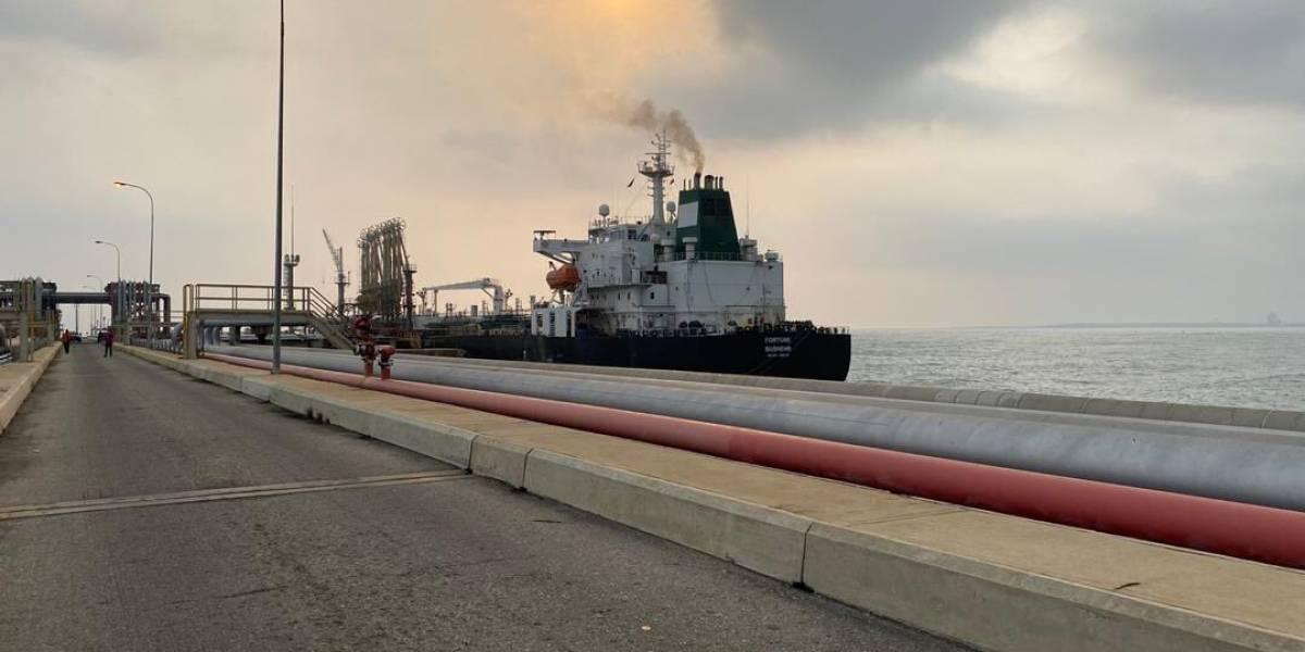 VENEZUELA: llegan sin problemas buques iraníes con combustibles