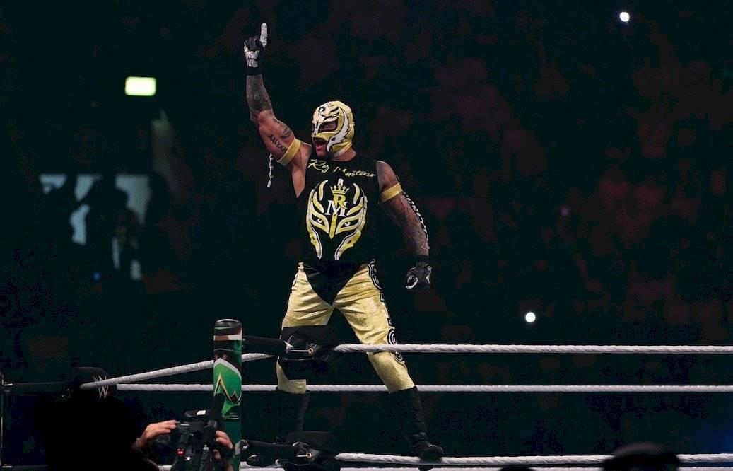 WWE anuncia ceremonia de retiro del Rey Mysterio