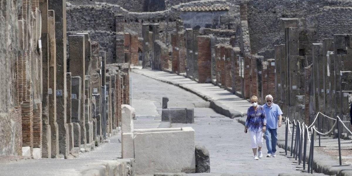 Pareja estadounidense pasa 75 días cuarentena para visitar Pompeya