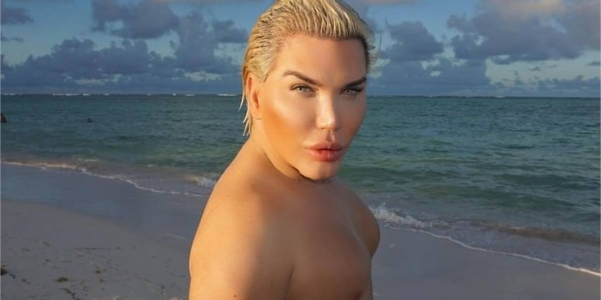 """Ex-Ken humano passa por transição de gênero: """"sempre me senti uma Barbie"""""""