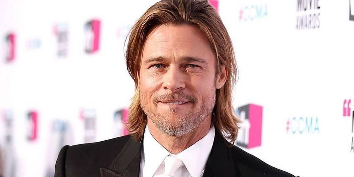 Brad Pitt, con jeans rotos y en su moto BMW, de nuevo visitó la mansión de Angelina Jolie
