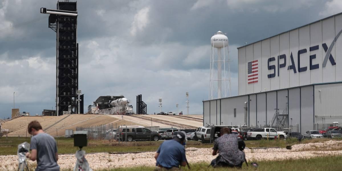 Se suspende lanzamiento de SpaceX por mal tiempo: será este sábado