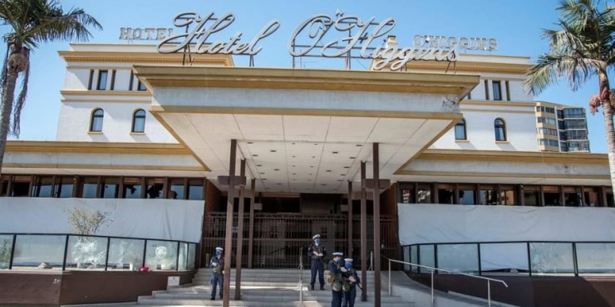 Paciente de residencia sanitaria del Hotel O'Higgins lanzó escupo por la ventana a peatón