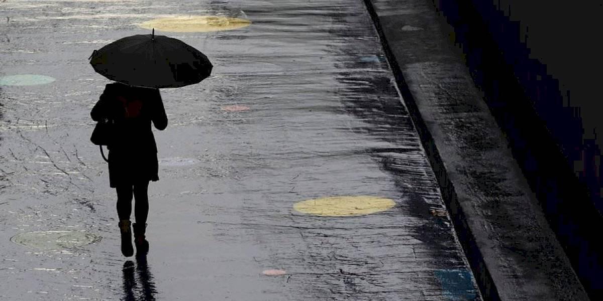 Como si fuera invierno: pronostican precipitaciones y bajas temperaturas en Santiago