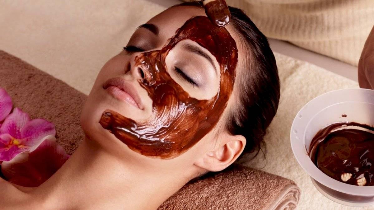 El chocolate no solo es delicioso, sino que también tiene propiedades como mascarilla para pieles secas