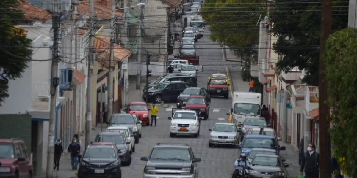 ¿Cómo queda la circulación vehicular en la última semana del estado de excepción en Ecuador?