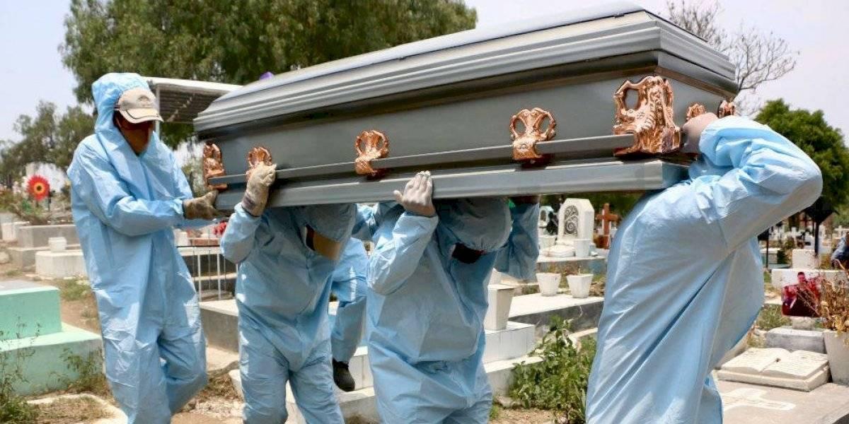 Muertes por Covid-19 en México llegan a 9,044