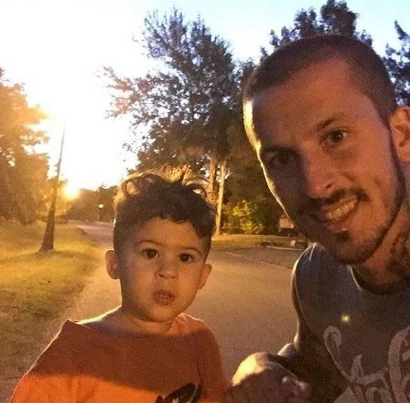 EL niños es hijo del fubolista argentino Darío Benedetto y la influencer Noelia Pons