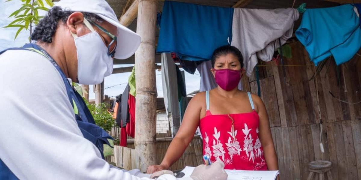 Parroquias rurales de Guayaquil reciben insumos para tratamiento de agua.