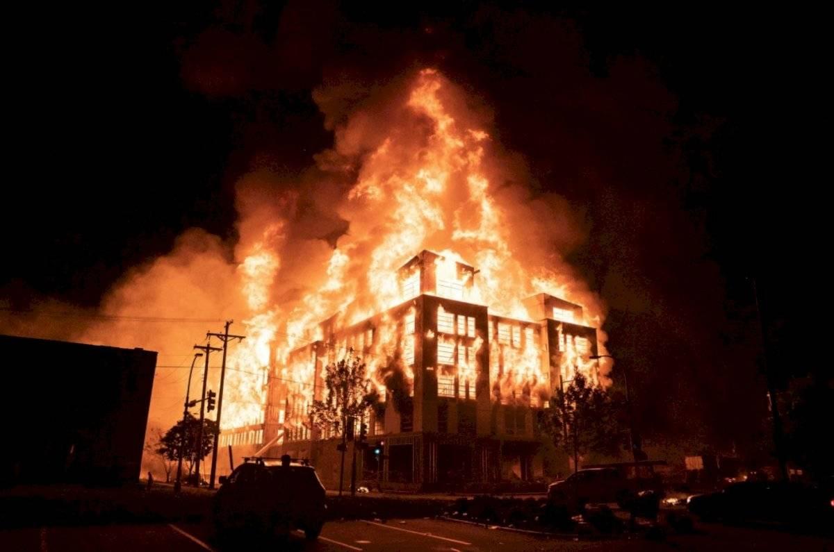 Estación de Policía incendiada