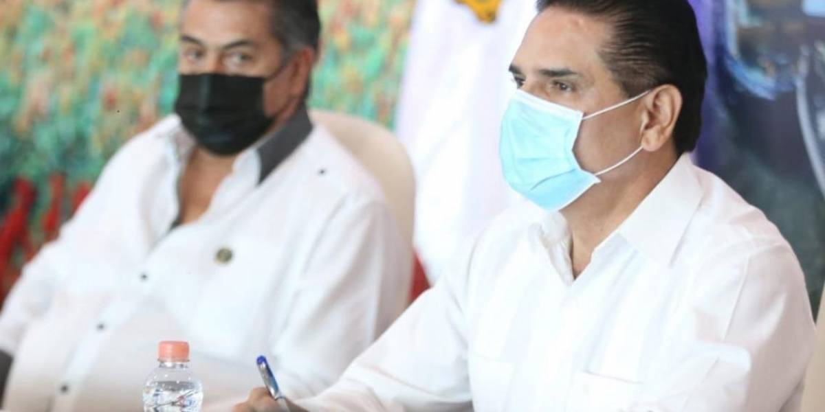 7 gobernadores rechazan semáforo de López-Gatell ante nueva normalidad