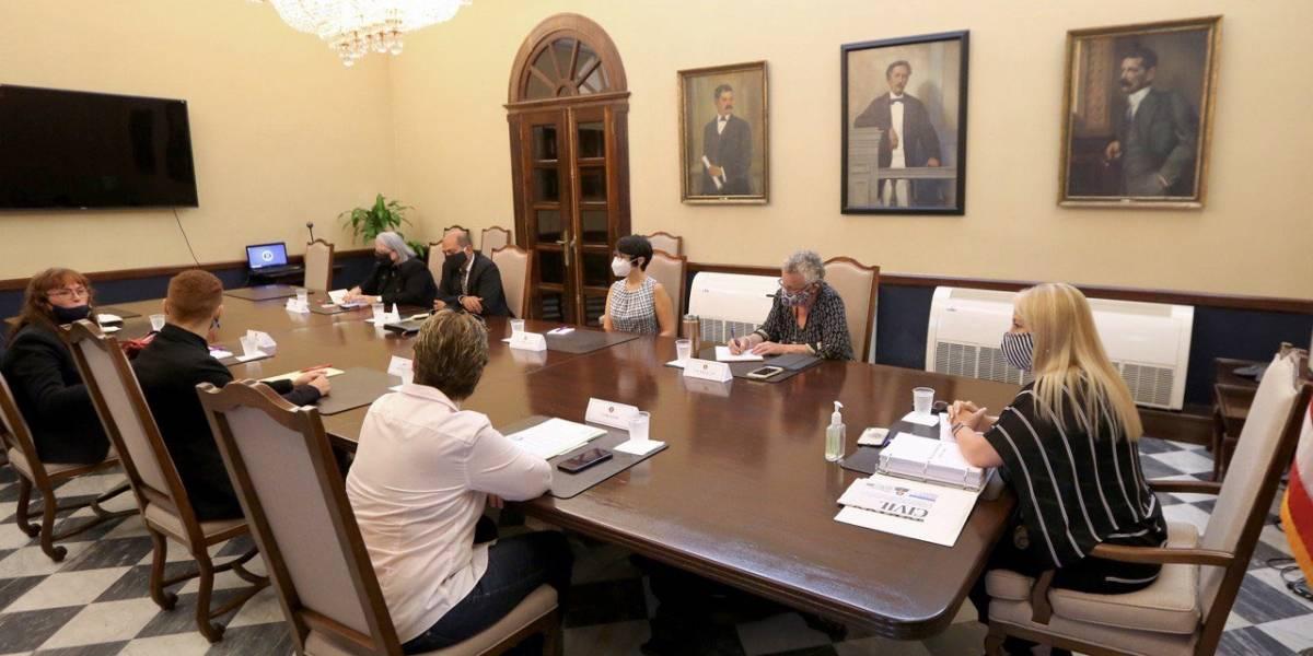 Wanda Vázquez se reúne con miembros del sector religioso y LGBTTIQ para discutir el Código Civil
