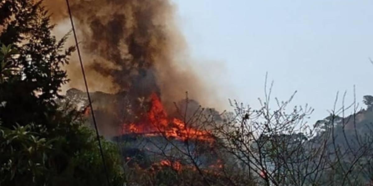 Grababa malabares para TikTok y provocó un incendio forestal