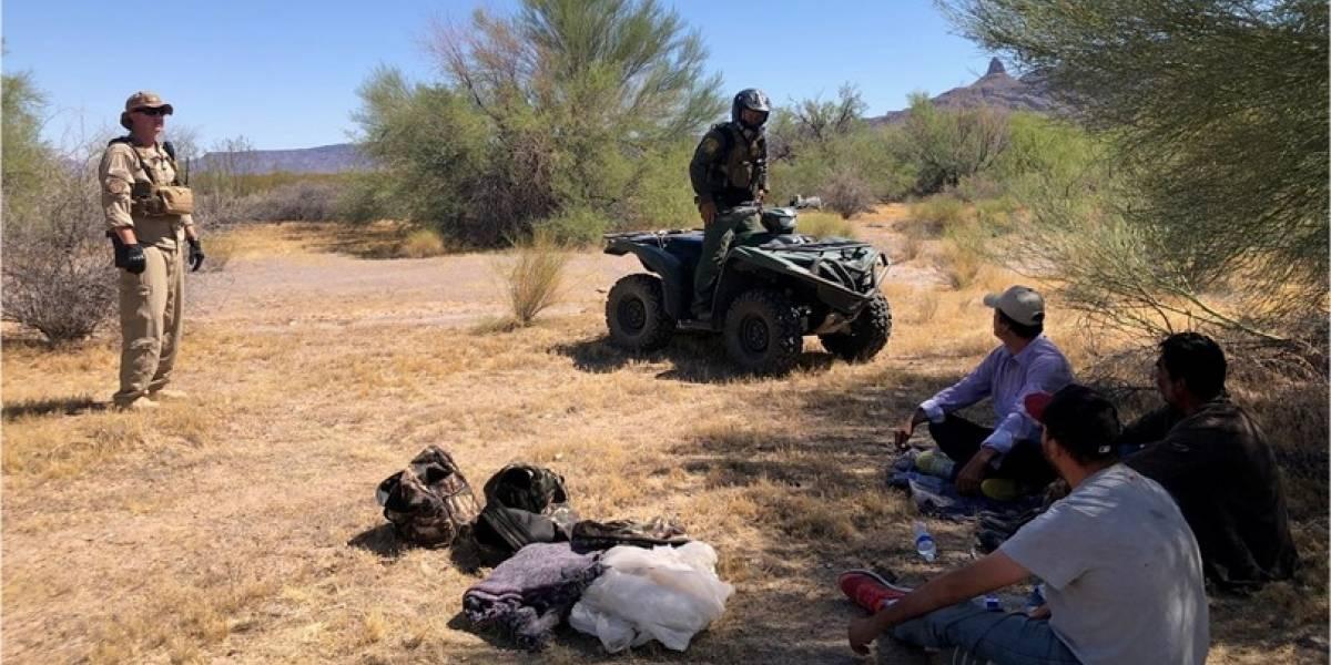Alertan a inmigrantes ilegales sobre fortísimo calor en desierto entre Estados Unidos y México