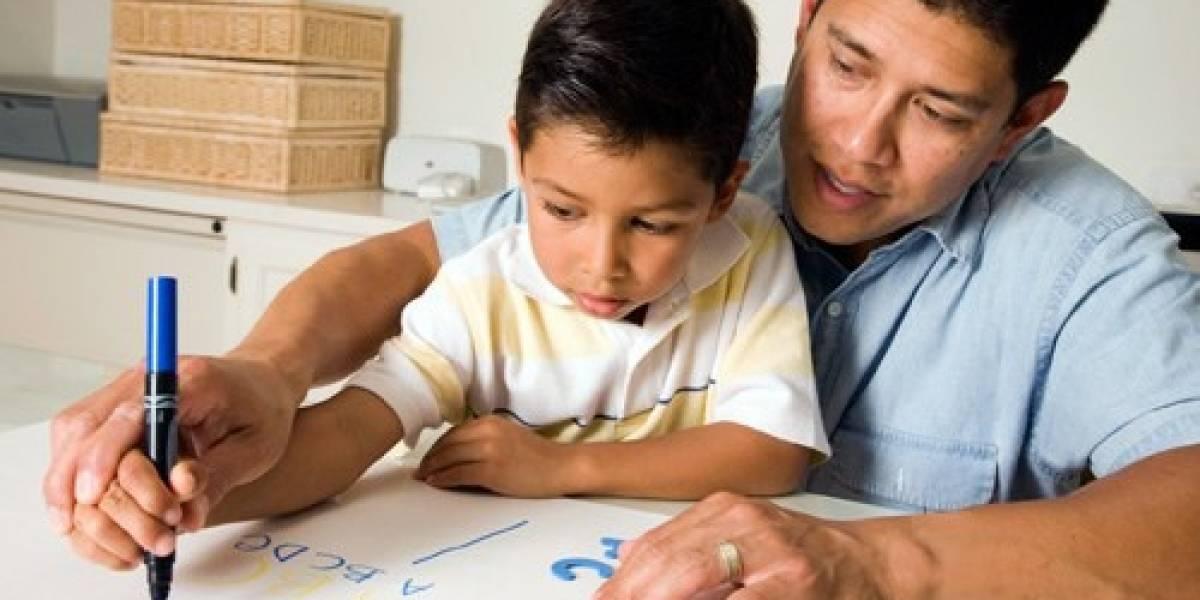Regreso a clases: En Ecuador el 40,3% de los jefes de hogar solo completaron la primaria
