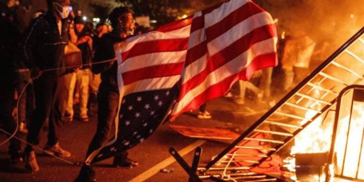 Policía de Estados Unidos mata a tiros a hombre durante protestas