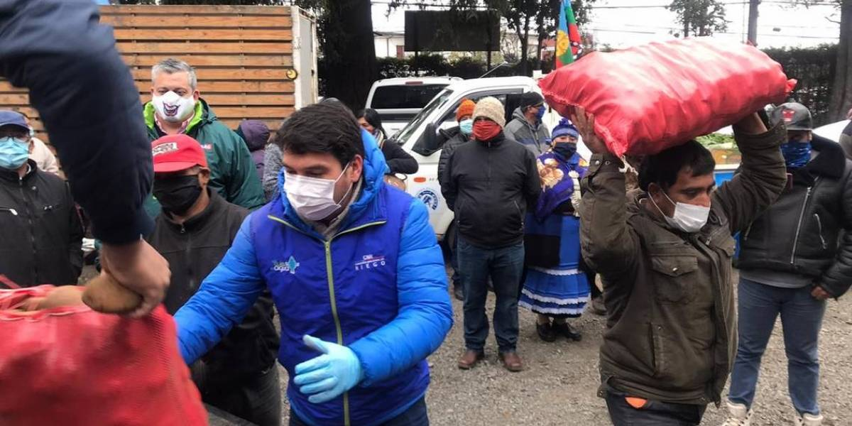Todas las manos todas: comunidades mapuche donan 10 mil kilos de alimentos para ollas comunes