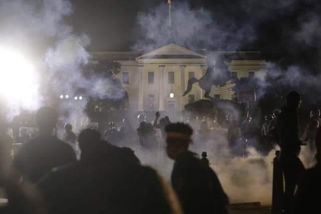 Protestas frente a la Casa Blanca