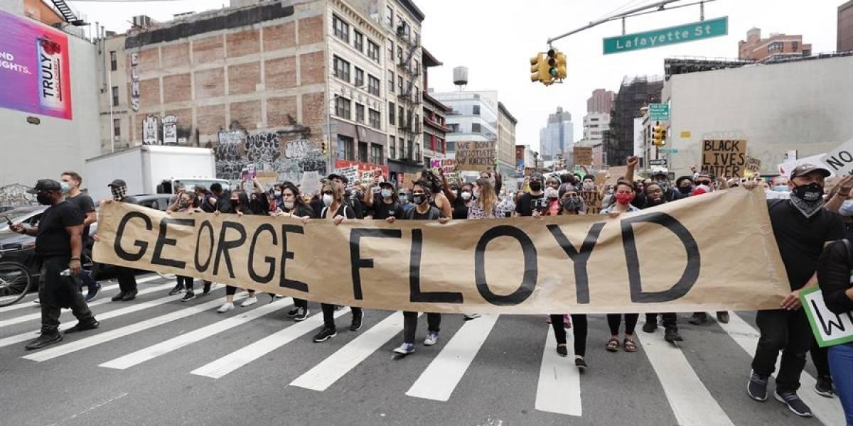 Renuncia periodista del New York Times quien pidió movilizar al ejército a las protestas