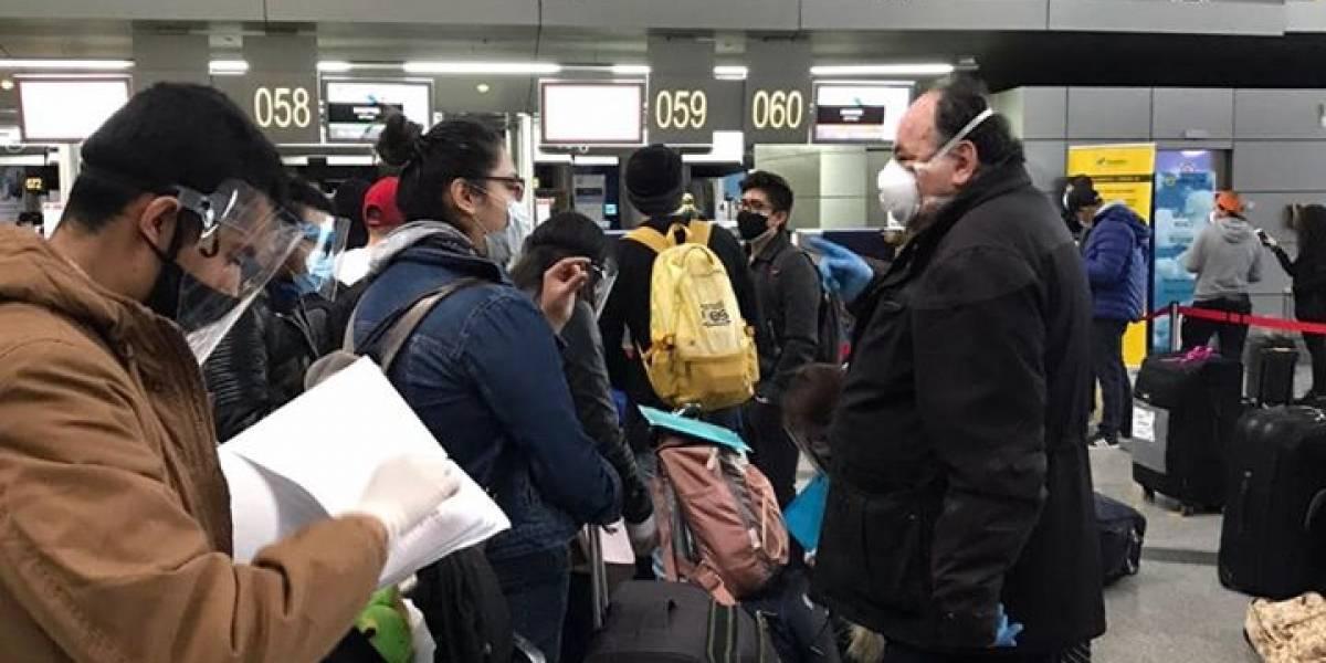 40 ecuatorianos regresaron al país desde Moscú