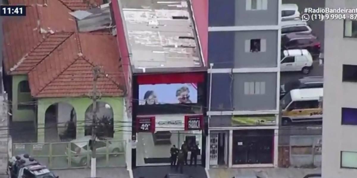 Tentativa de assalto a banco na Lapa termina com dois suspeitos mortos