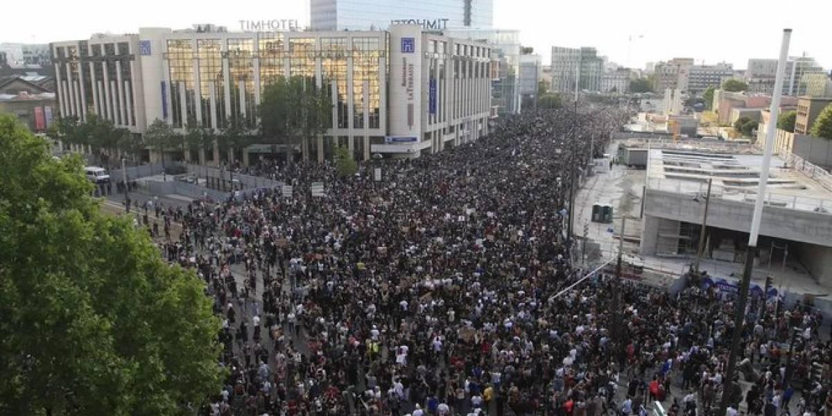 Protesto antirracismo em Paris atrai 19 mil franceses