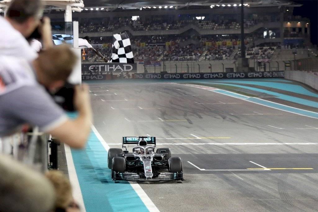 Fórmula 1 presenta calendario con ocho carreras