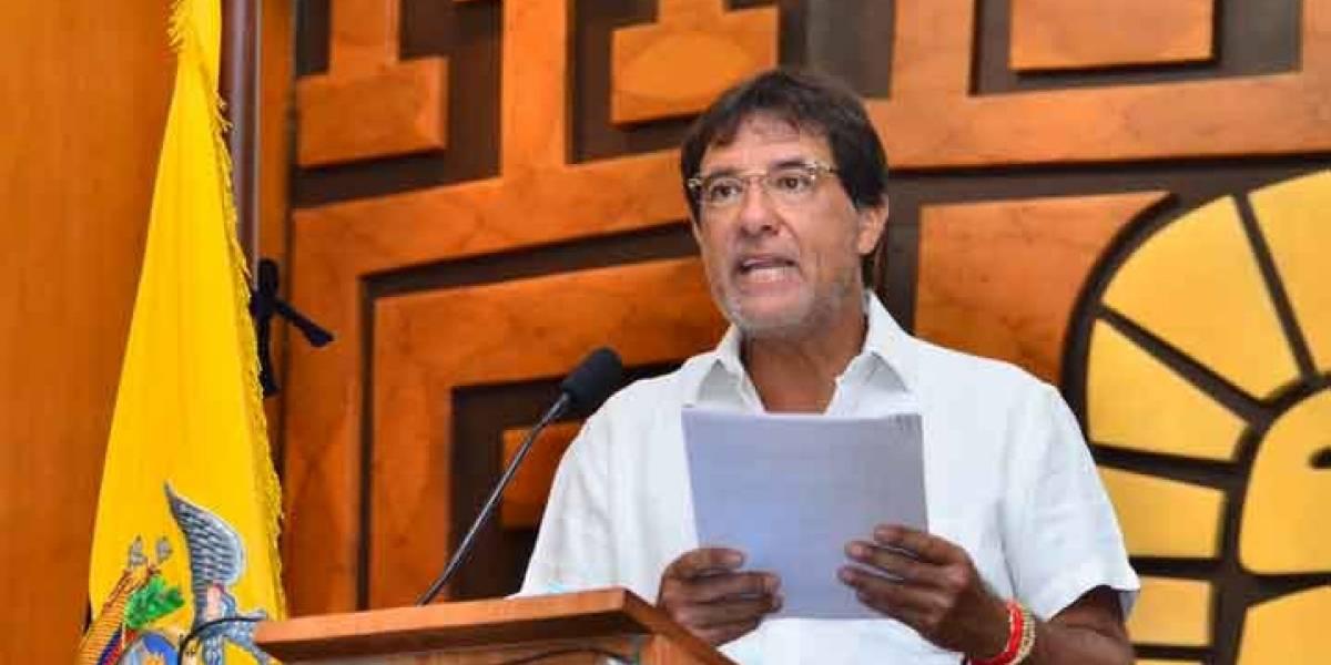 Prefecto del Guayas pide que se investigue a 2 hijos de su esposa