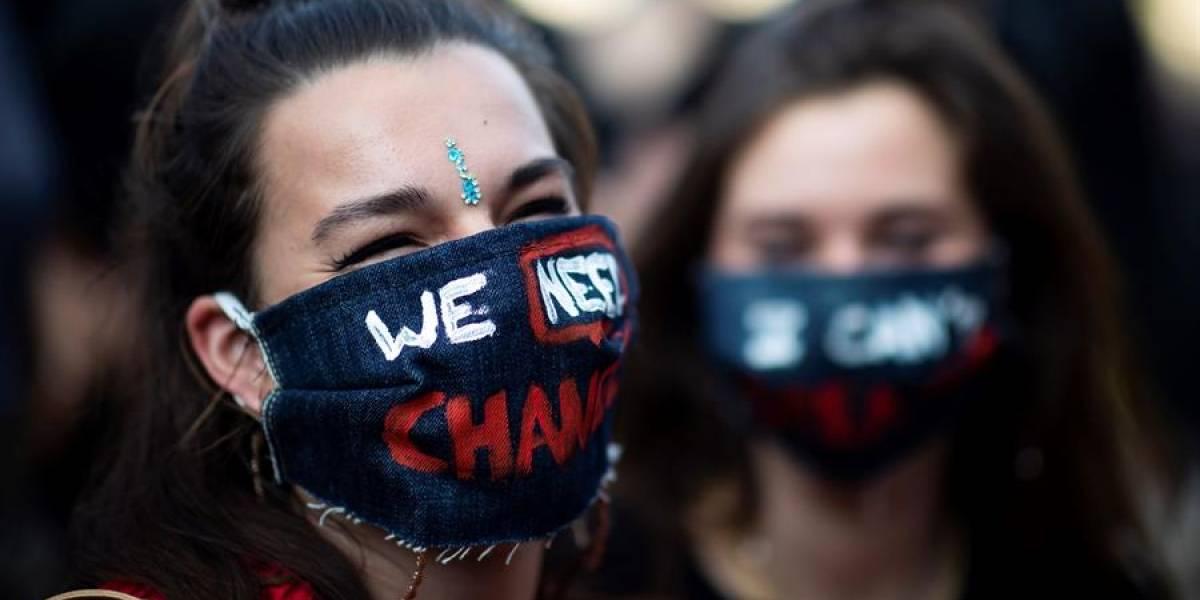 Impactantes imágenes de protesta en París por George Floyd y Adama Traore