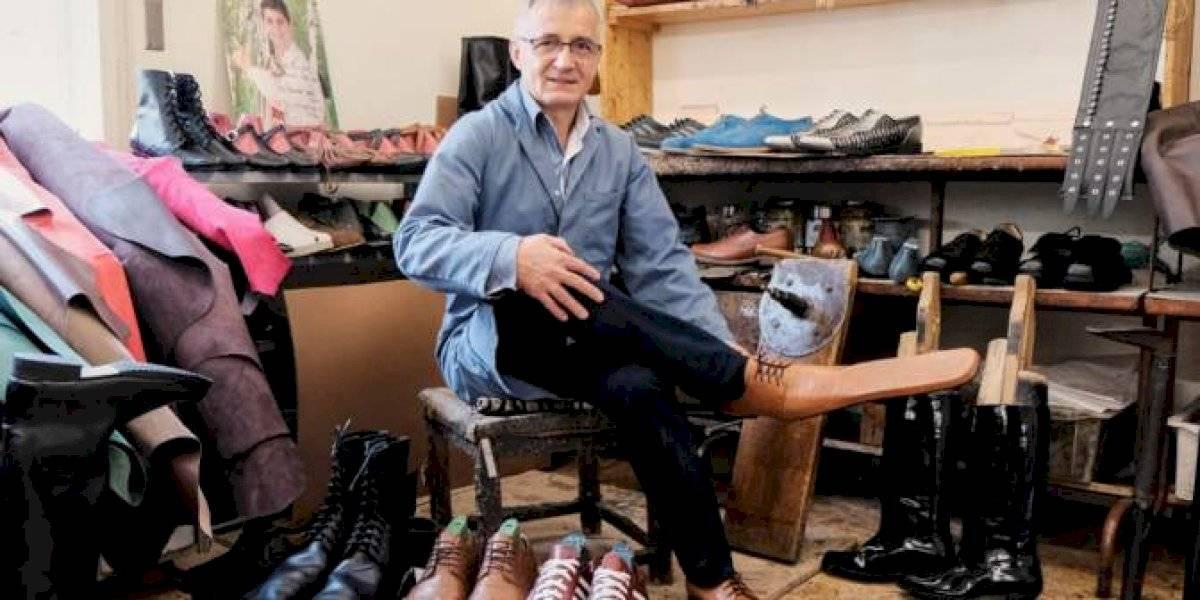 Zapatos de nariz larga ayudan a mantener la distancia social durante la pandemia