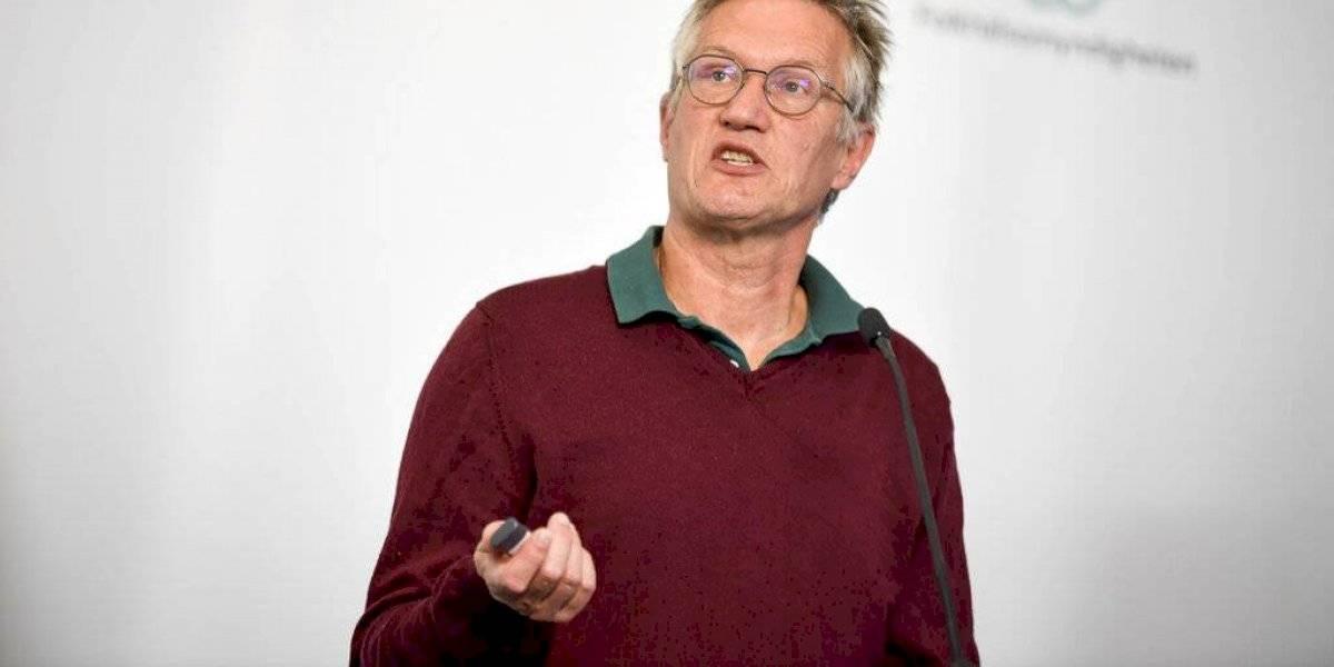 Científico reconoce errores en la lucha contra el COVID-19