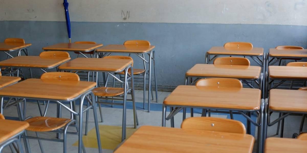 Colegios que no están haciendo ni clases online, ni guías, ni nada: Superintendencia de educación los fiscalizará