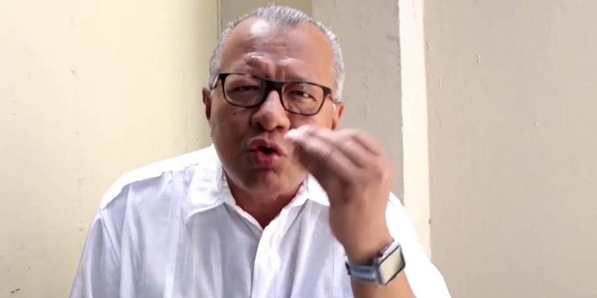 Confunden a periodista Carlos Víctor Morales con Carlos Luis Morales, esta fue la reacción