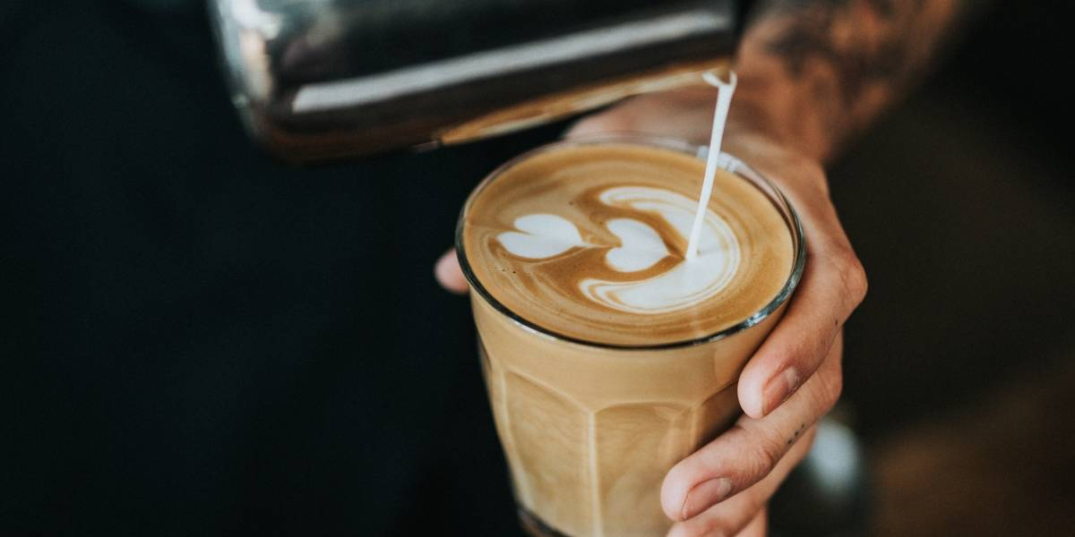 Perfeito para o frio: saiba como fazer um café cremoso com apenas 3 ingredientes