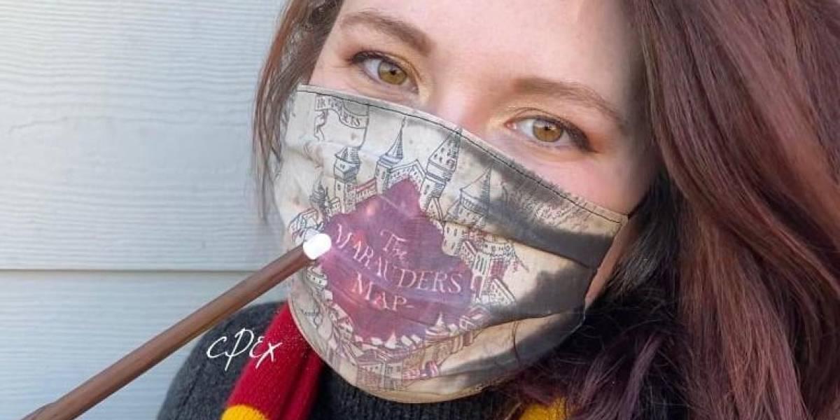 Mascarillas inspiradas en Harry Potter que revelan su diseño cuando respiras