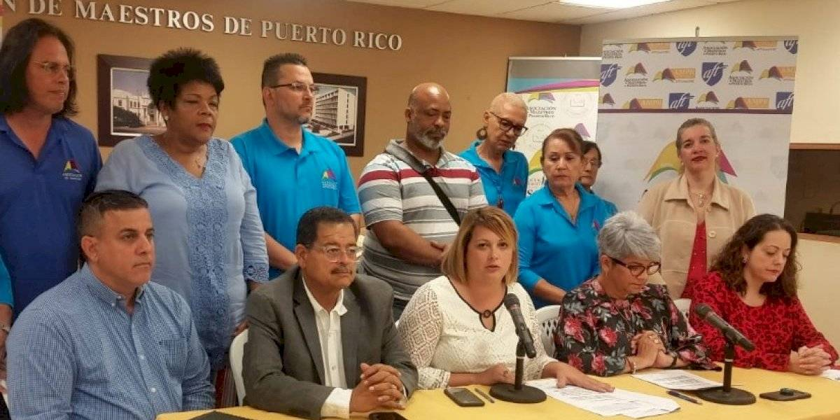 Asociación de Maestros demanda a Educación por descuentos a maestros sin previa notificación
