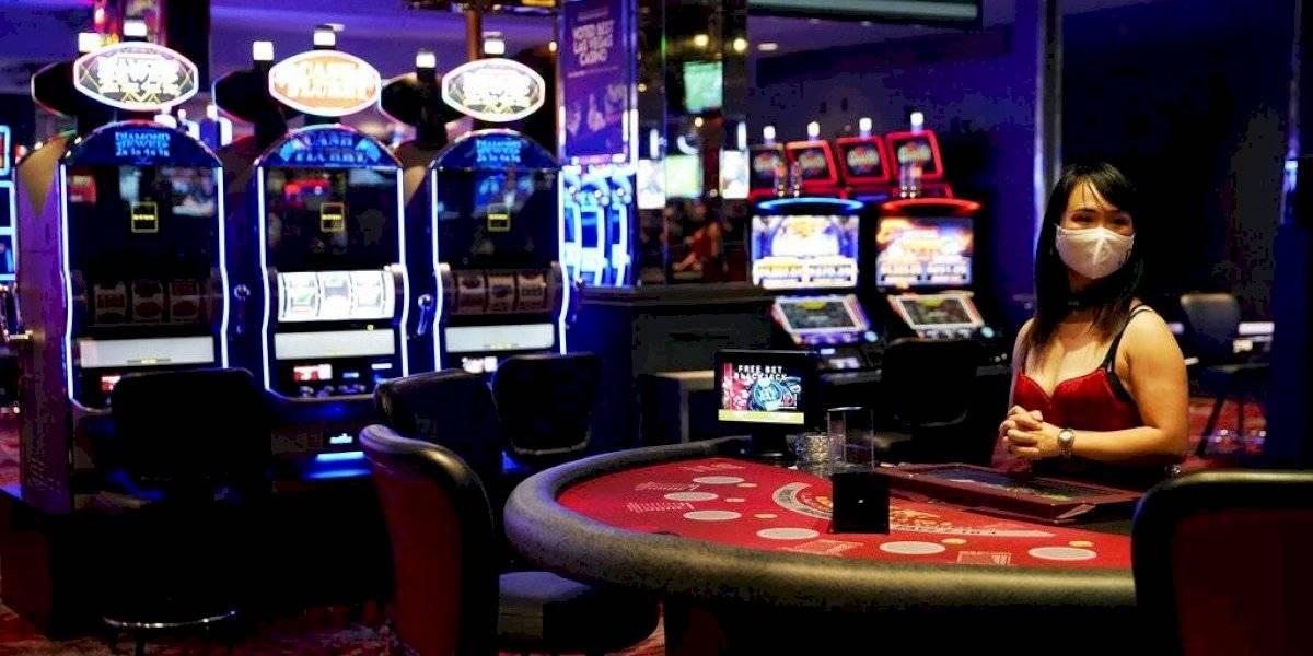 Casinos reabren tras cierre por coronavirus en Las Vegas