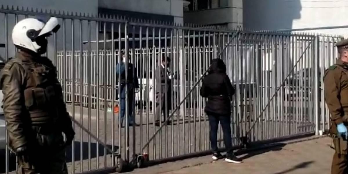 Mujer con coronavirus intentó a ingresar a BancoEstado en San Miguel