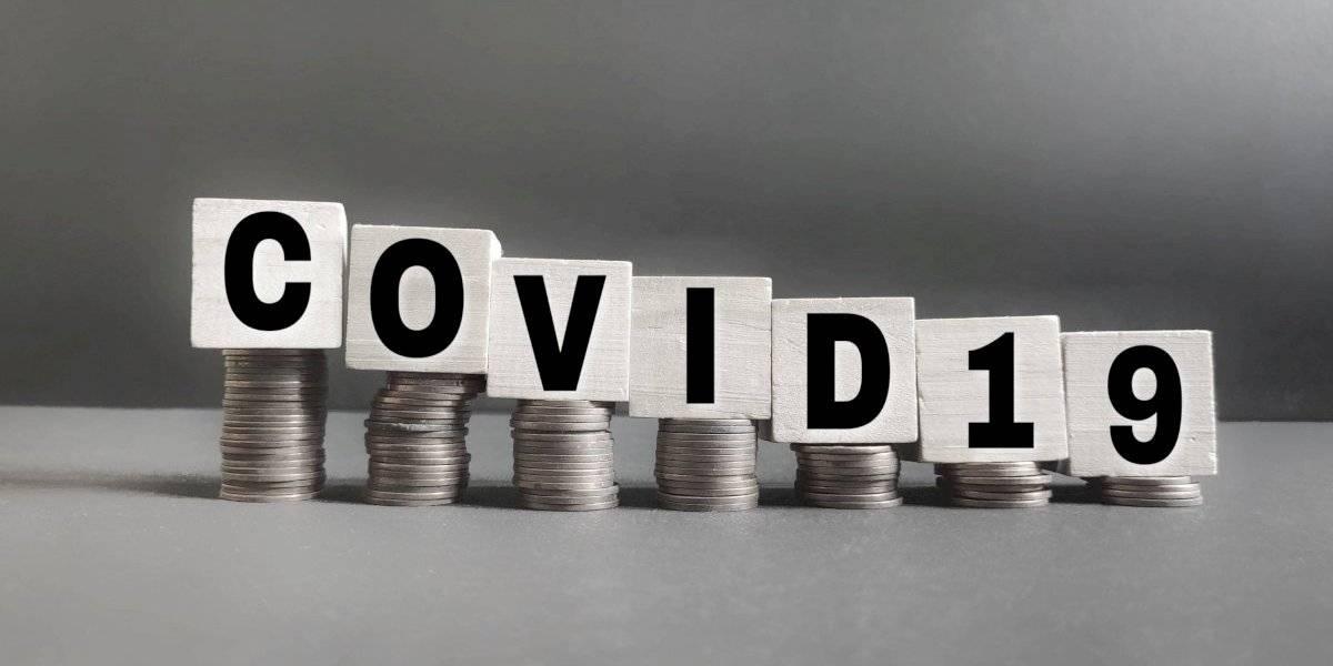 Presentan legislación para prohibir cargo por COVID-19 en los comercios
