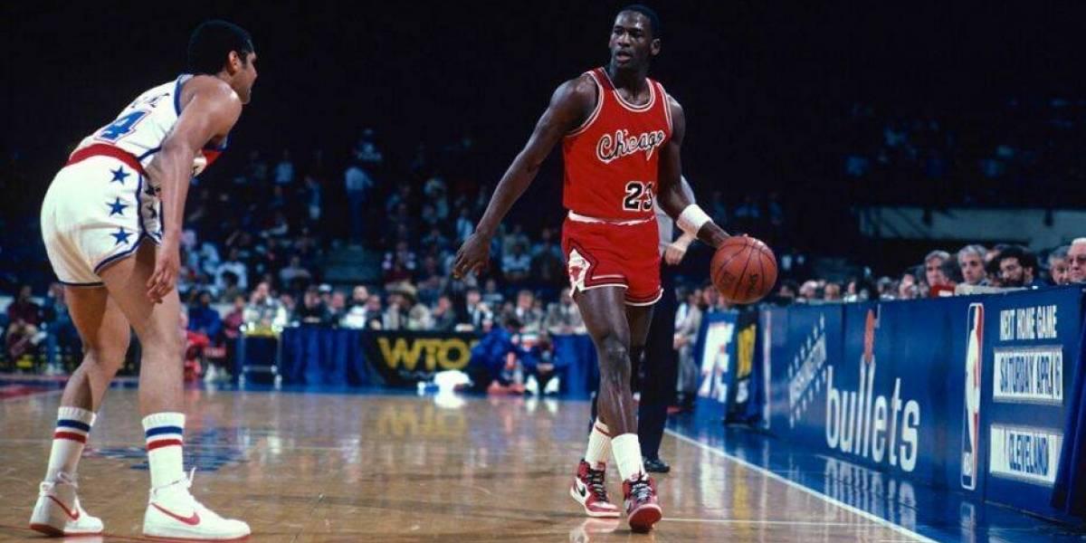 Michael Jordan y otro récord: sus zapatillas Nike se subastan en 560 mil dólares en Sotheby's
