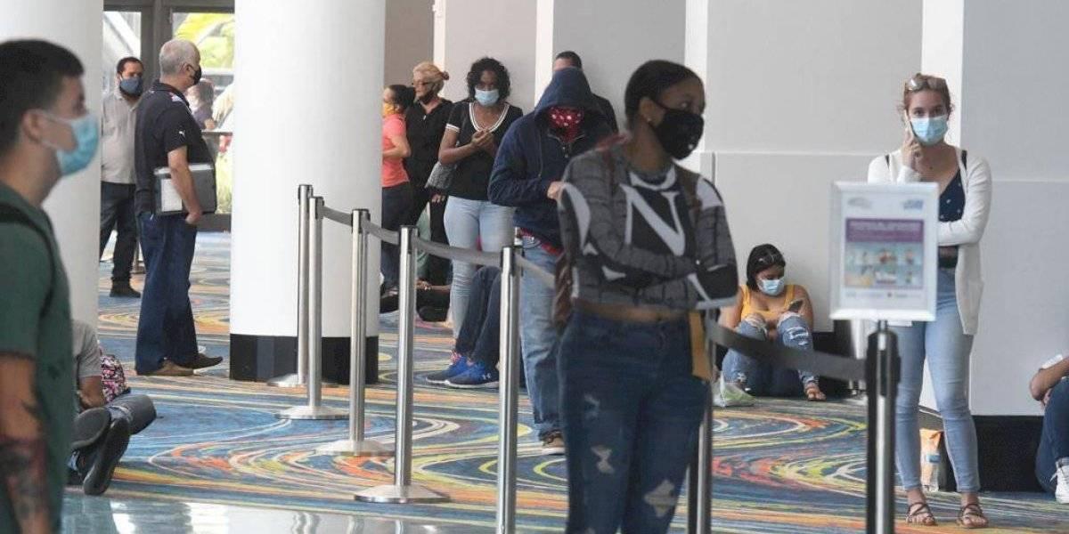 Se agotan los 300 turnos para solicitudes de desempleo en el Centro de Convenciones
