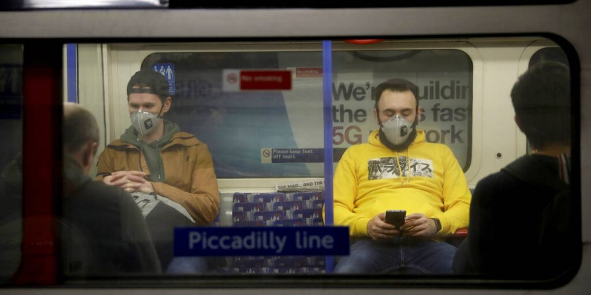 OMS ampliará recomendación sobre uso de mascarillas durante pandemia