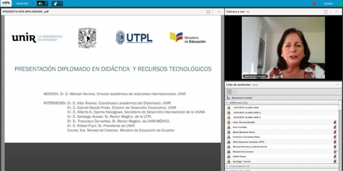 Dos mil maestros de Ecuador reciben becas para mejorar competencias didácticas