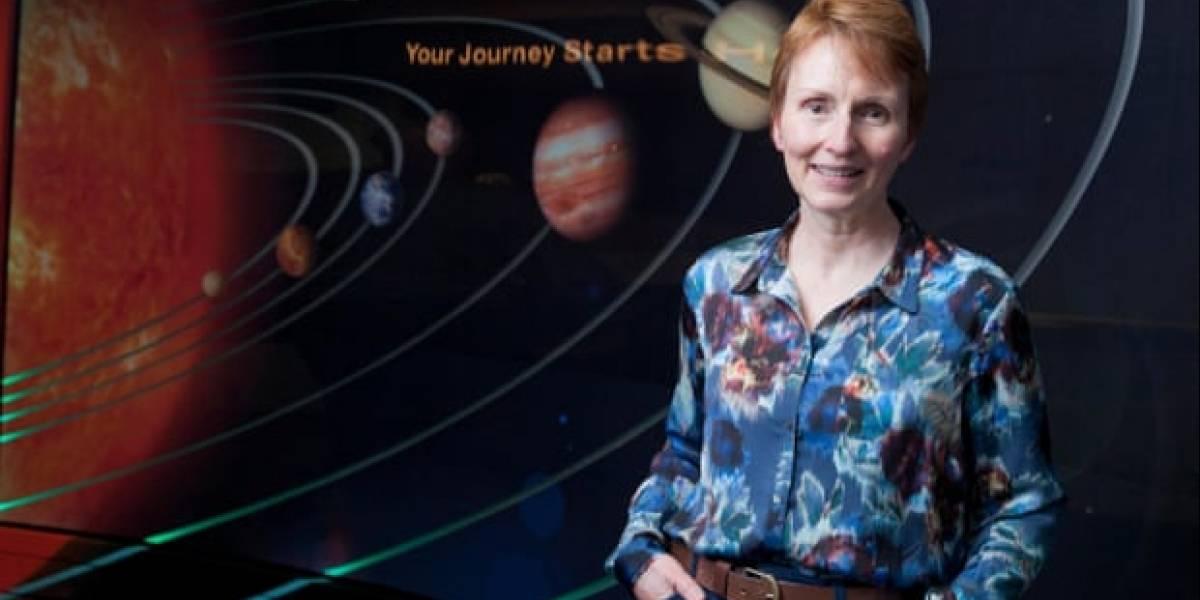 """Primeira astronauta britânica diz que alienígenas """"existem"""""""