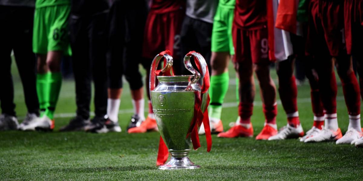 ¡Prográmese! La Uefa definió el día y hora del sorteo de la fase final de la Champions League