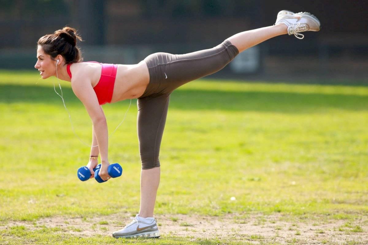 Hacer ejercicios ayuda a disminuir los dolores menstruales