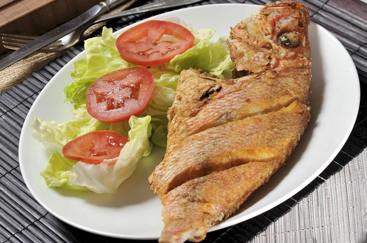Agrega a tu dieta alimentos ricos en omega 3 como el pescado