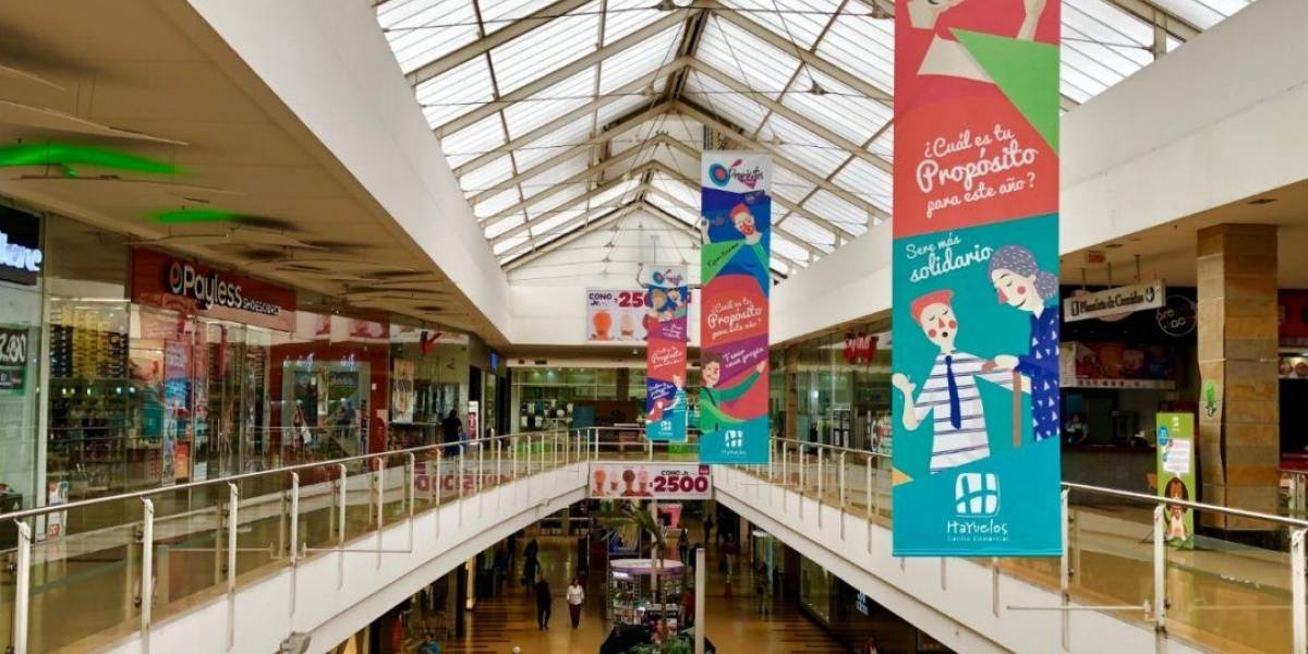 Los cuatro centros comerciales que abrirán hoy en Bogotá