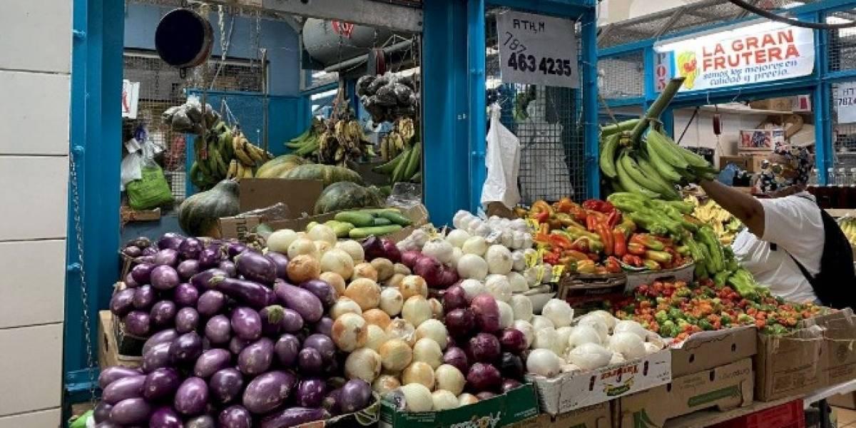 Complejo consumir alimentos agrícolas locales en Puerto Rico